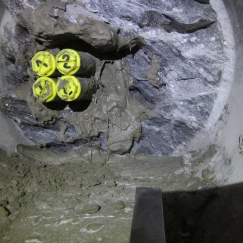 Extensometer SGD-300, in Fels eingebaut und injeziert